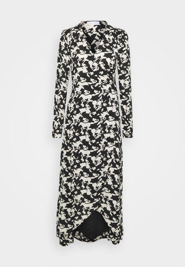 NATASJA DRESS - Maxi šaty - black/warm white