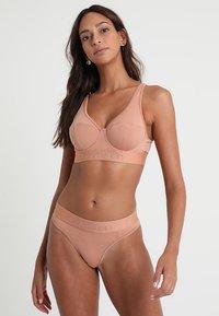 Calvin Klein Underwear - THONG - String - beige - 1