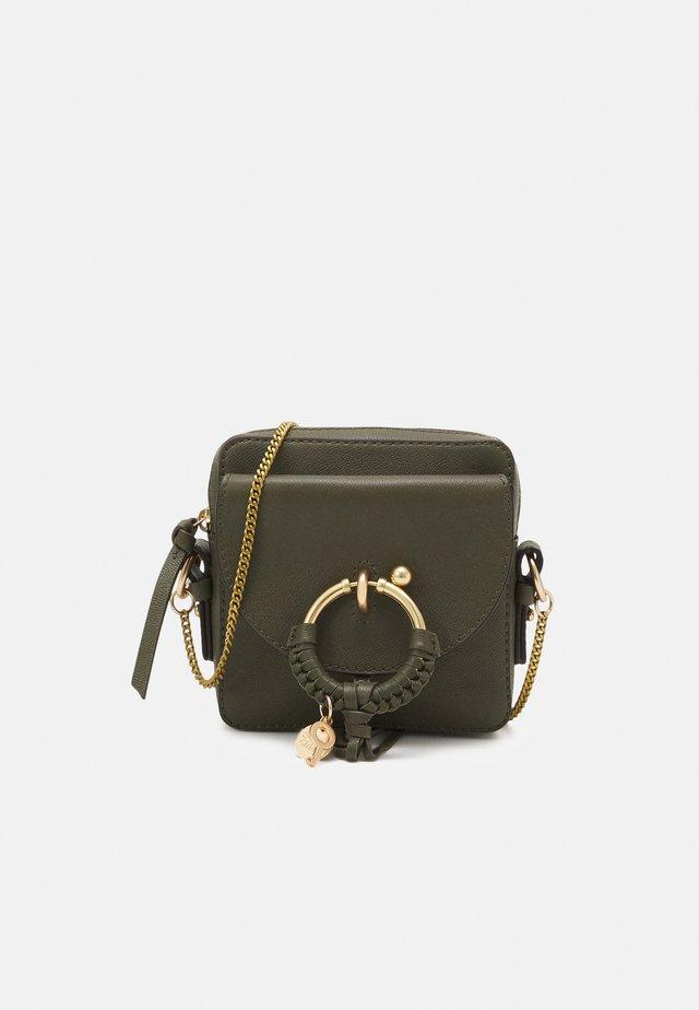 JOAN Joan camera bag - Across body bag - night forest