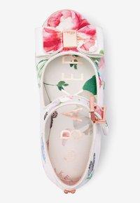 Next - BAKER BY TED BAKER - Ballet pumps - white - 2