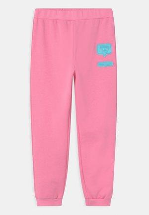 PATCH  - Teplákové kalhoty - sachet pink