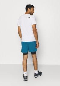 The North Face - ACTIVE TRAIL DUAL SHORT - Pantalón corto de deporte - mallard blue/black - 2