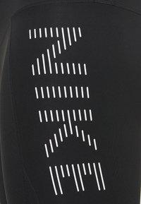 Nike Performance - AIR EPIC FAST 7/8 - Leggings - black/silver - 2