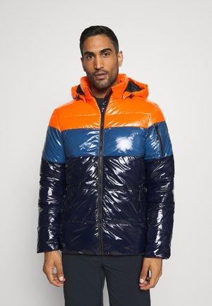 PORTERDALE - Ski jas - abricot