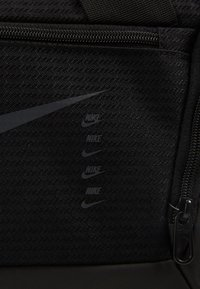 Nike Performance - DUFF - Sporttasche - black - 6