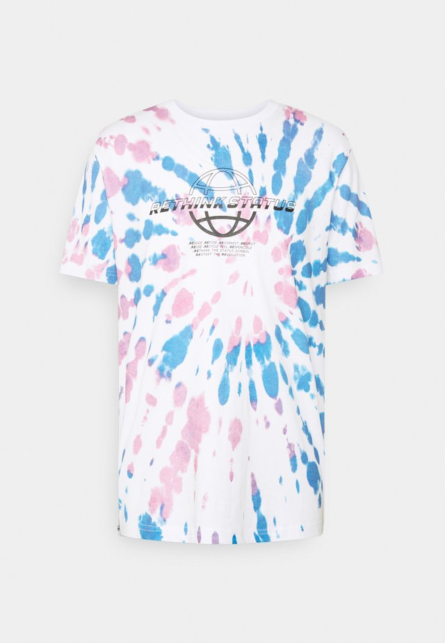 OVERSIZED UNISEX - Camiseta estampada - white