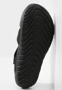 Nike Performance - SUNRAY PROTECT 2 UNISEX - Badslippers - black/white - 4