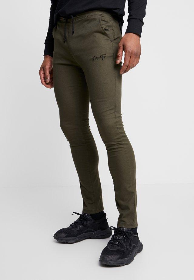 AERO TROUSERS - Pantalones - khaki