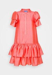 Cras - DALIACRAS DRESS - Day dress - sunkissed coral - 0
