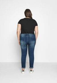 Simply Be - FERN BOYFRIEND - Jeans Tapered Fit - vintage blue - 2