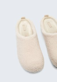 OYSHO - Slippers - white - 4