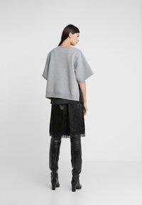 MM6 Maison Margiela - T-shirt imprimé - grey melange - 2