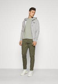 Superdry - CLASSIC ZIPHOOD - Zip-up hoodie - grey marl - 1