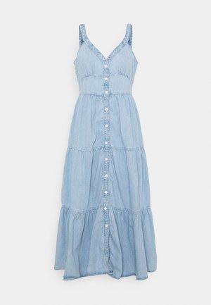 SABINE DRESS - Dongerikjole - light-blue denim