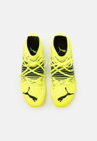 Puma - FUTURE Z 3.1 IT - Indoor football boots - yellow alert/black/white - 3