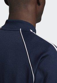 adidas Originals - ADICOLOR CLASSICS PRIMEBLUE SST TRACK TOP - Träningsjacka - blue - 6