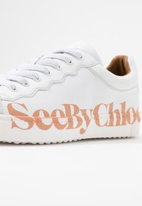 See by Chloé - Sneakers laag - bianco - 2