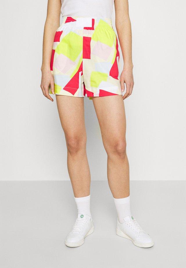 Shorts - clusi/multico
