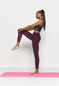 South Beach - PANELLED INSERT LEGGING - Trikoot - fig - 1