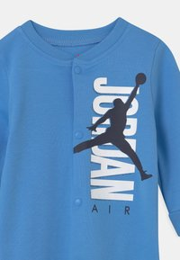 Jordan - JUMPMAN AIR FOOTED COVERALL UNISEX - Dres - university blue - 2