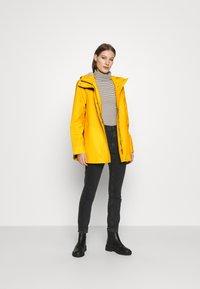 Hunter ORIGINAL - ORIGINAL SMOCK - Waterproof jacket - yellow - 1