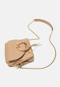 See by Chloé - JOAN Joan camera bag - Across body bag - coconut brown - 5