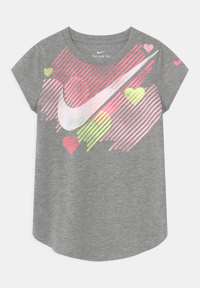 STAMPED HEART - Print T-shirt - dark grey heather