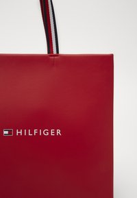 Tommy Hilfiger - BAG - Shopping bag - red - 2