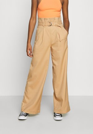 VERA TROUSERS - Pantalones - beige