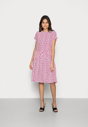 KNEE DRESS - Shirt dress - pink