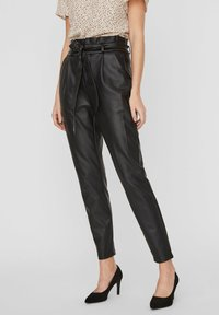 Vero Moda - PAPERBAG - Trousers - black - 0