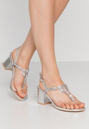 JERRY - Sandalen - silver