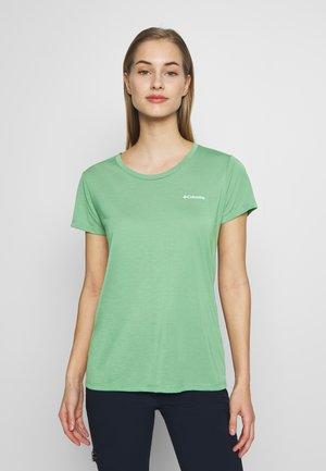 LAVA LAKE™ TEE - T-shirts basic - light lichen