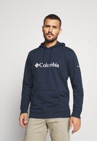 Columbia - BASIC LOGO HOODIE - Sweat à capuche - collegiate navy/white - 0