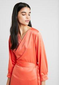 Aéryne - COWRY DRESS - Vapaa-ajan mekko - mandarin - 5