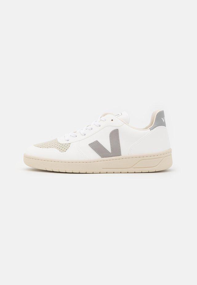 V-10 - Trainers - white/oxford/grey