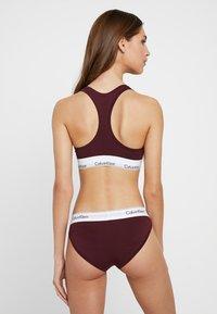 Calvin Klein Underwear - MODERN BRALETTE - Biustonosz bustier - deep maroon/white - 2