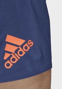 adidas Performance - SOLID TECH SWIM SHORTS - Shorts - blue - 6