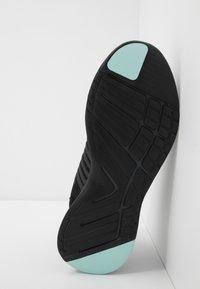Lacoste - FIT FLEX - Sneakersy niskie - black/light green - 4