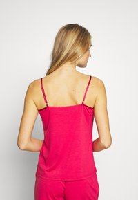 LASCANA - LASCANA SHINY - Pyjama top - red - 2