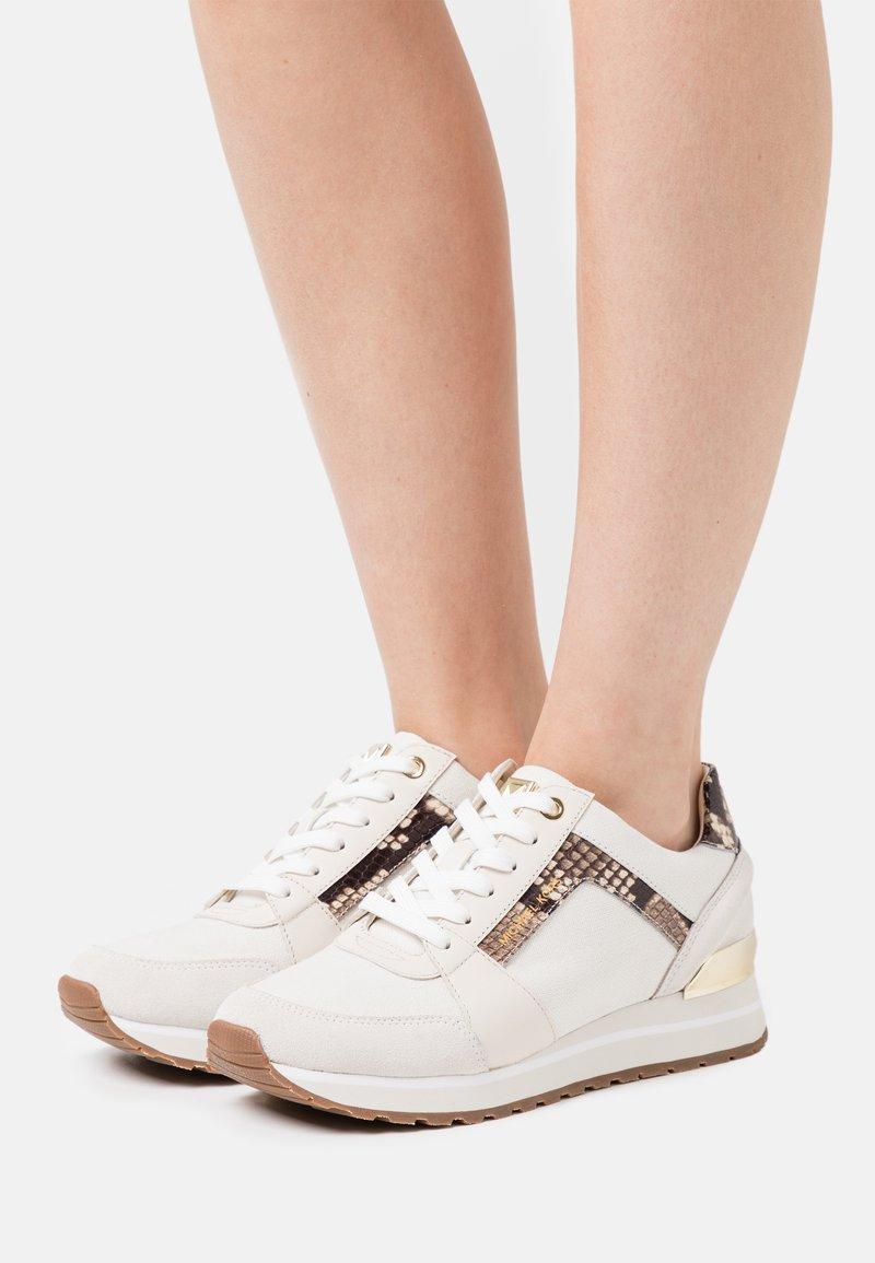 MICHAEL Michael Kors - BILLIE TRAINER - Zapatillas - cream