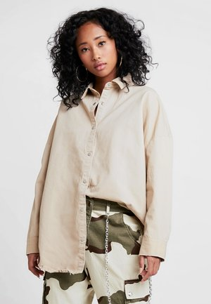 BOYFRIEND FIT - Button-down blouse - stone