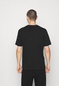 HUGO - DERO - T-shirt - bas - black - 2