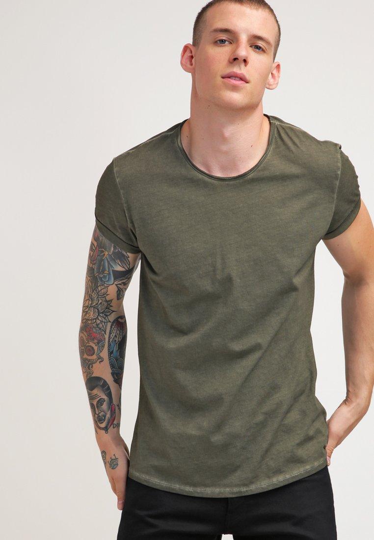 Tigha - MILO - T-shirt - bas - vintage olive