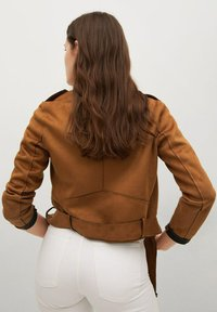 Mango - SEUL - Faux leather jacket - braun - 2