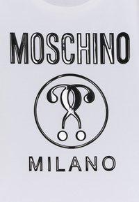 MOSCHINO - Print T-shirt - optic white - 2