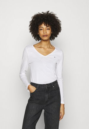 REGULAR CLASSIC - Long sleeved top - white