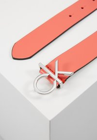 Calvin Klein - RE LOCK LOW  FIXED - Cinturón - red - 2