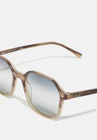 Ray-Ban - UNISEX - Sunglasses - gradient brown havana - 3