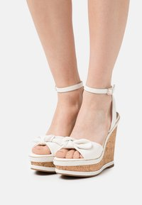 ALDO - ABAWEN - Platform sandals - white - 0